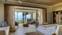 008577-05-Beachfront-Junior-Suite-ocean-view-Terrace