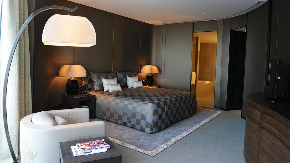 Top 10 World S Most Luxurious Large City Hotels The