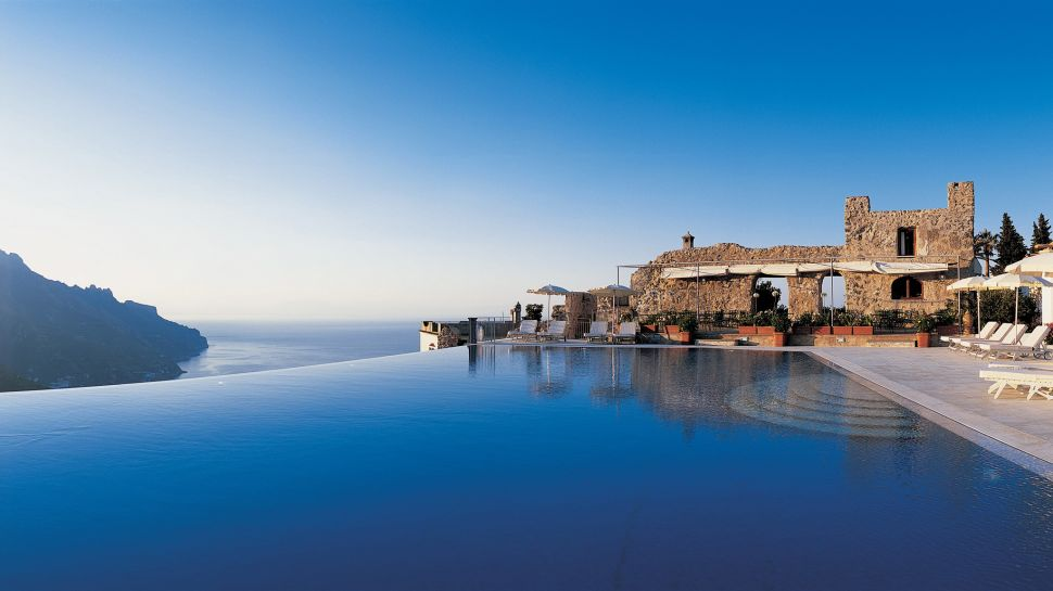 Top 10 World S Most Spectacular Cliff Side Hotels The Luxury Travel Expert