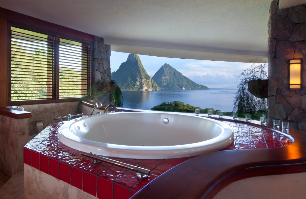 JADE MOUNTAIN -BATHROOM