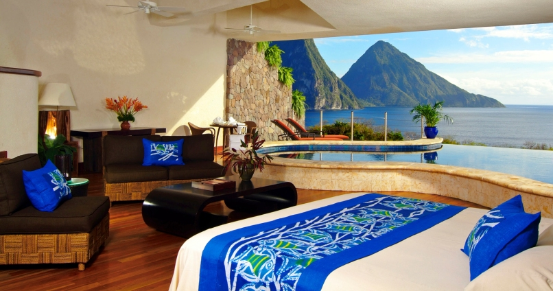 JADE MOUNTAIN - MOON SANCTUARY