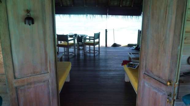 OVERWATER VILLA SUITE - ENTRANCE