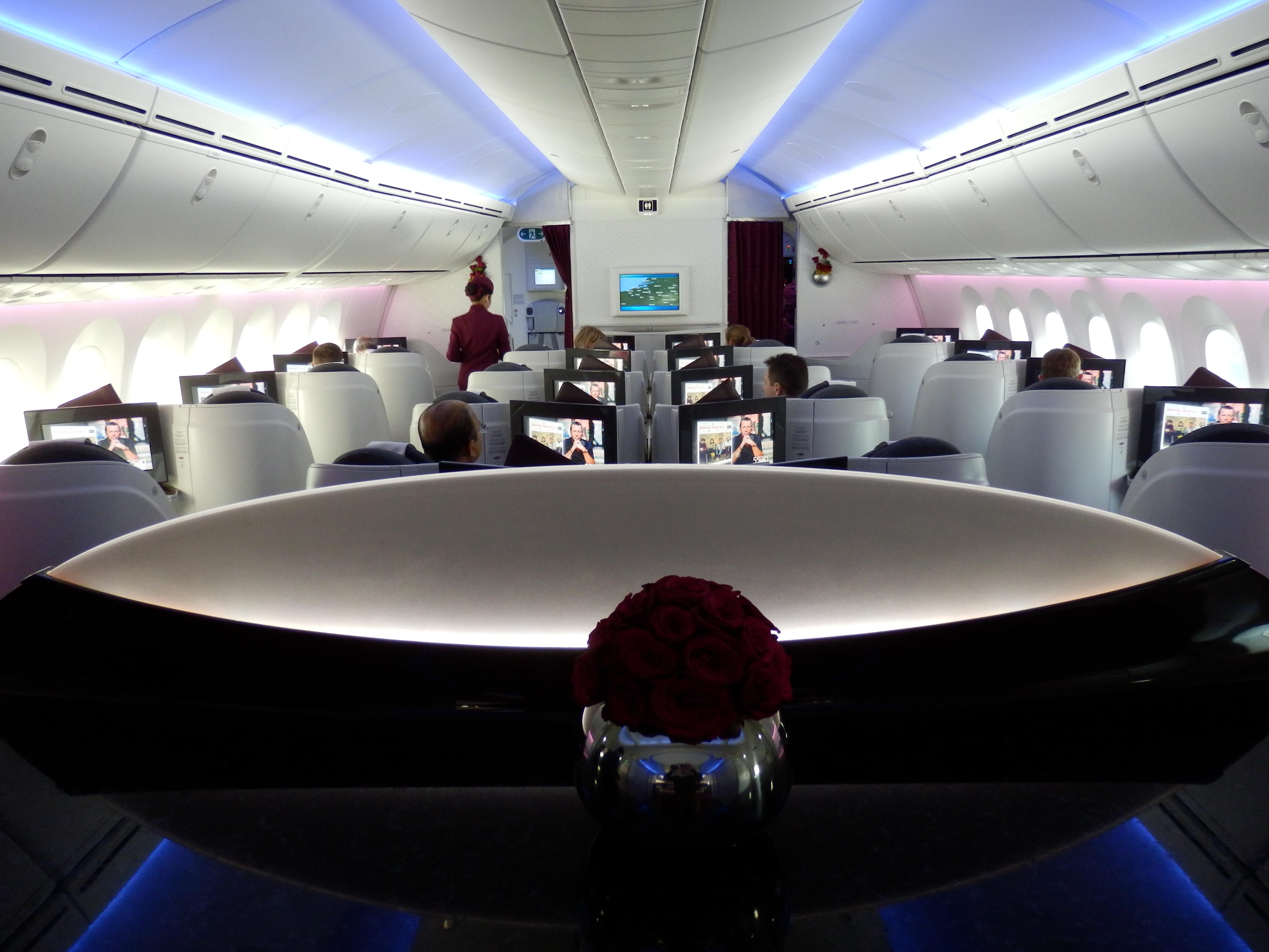 Qatar Airways Dreamliner Business Class BRU DOH The Luxury