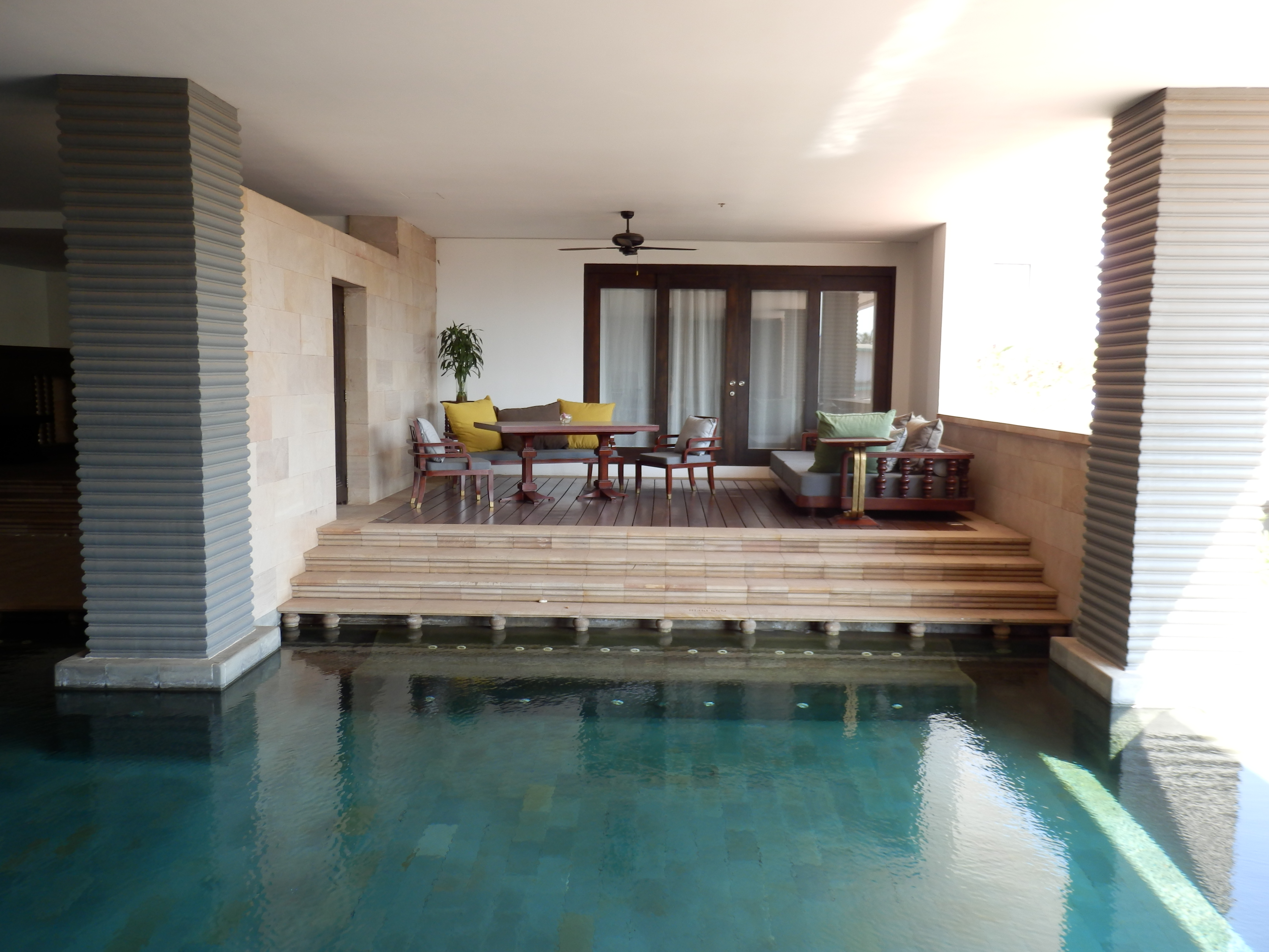 Hotel review park hyatt siem reap cambodia the luxury for Private swimming pool