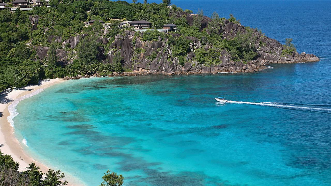 top 10 best resorts in the seychelles the luxury travel expert. Black Bedroom Furniture Sets. Home Design Ideas
