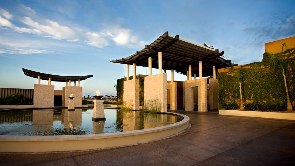 Hotel Review Banyan Tree Mayakoba Mexico The Luxury