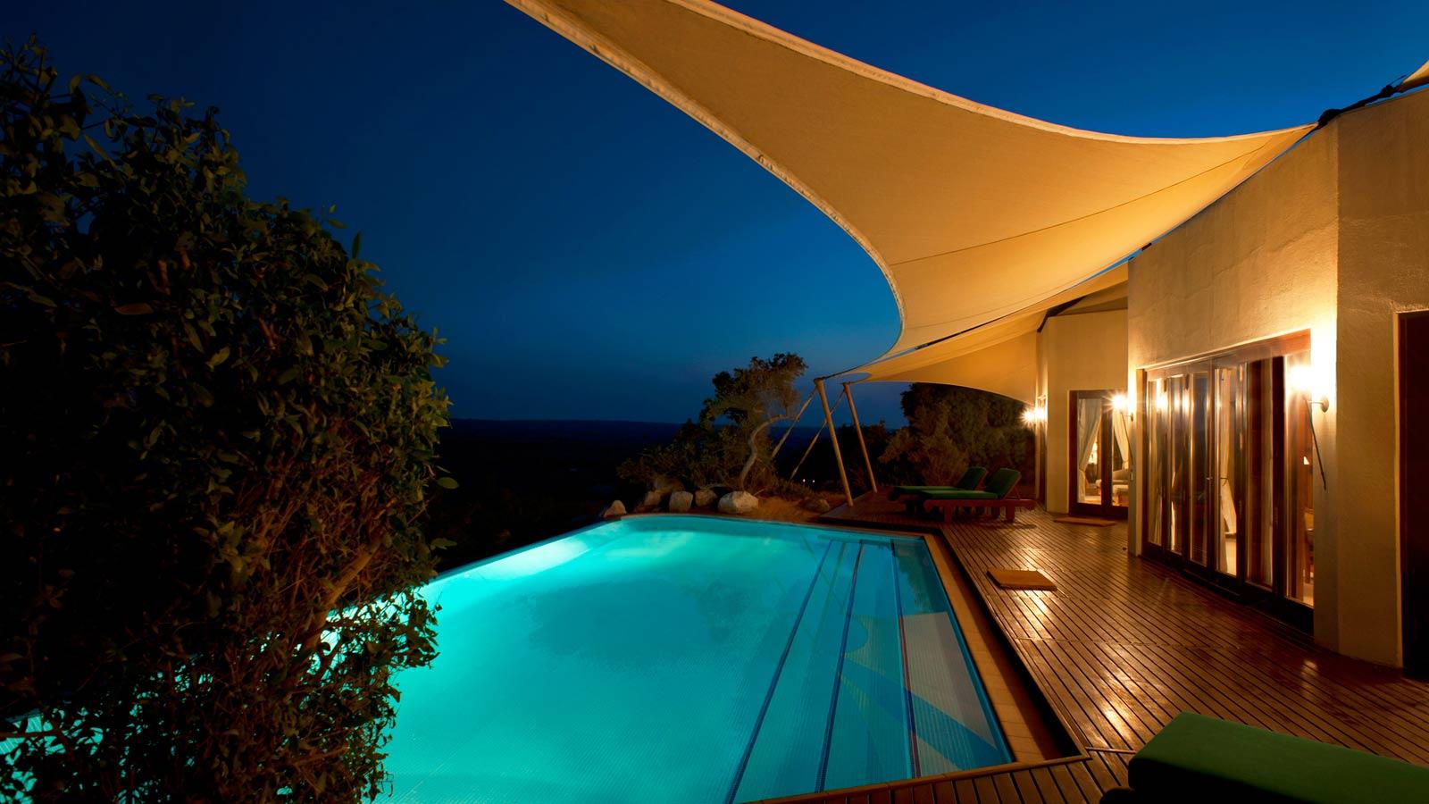 Private pool at emirates suite