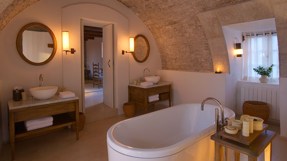 Top 10: world's most spectacular hotel bathrooms - the ...