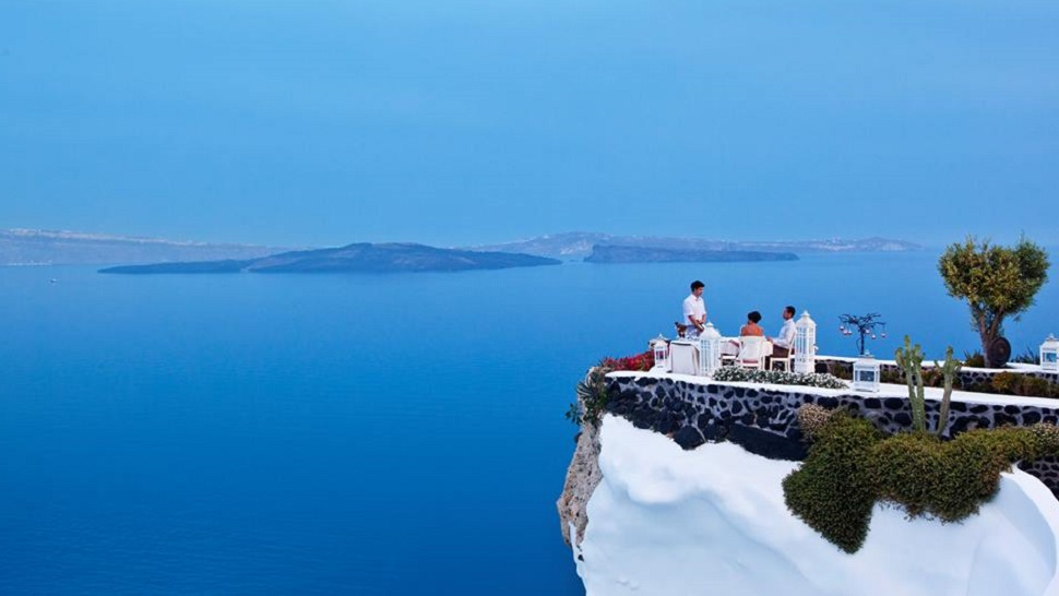 Top 10 Restaurants With Views That Match The Food The