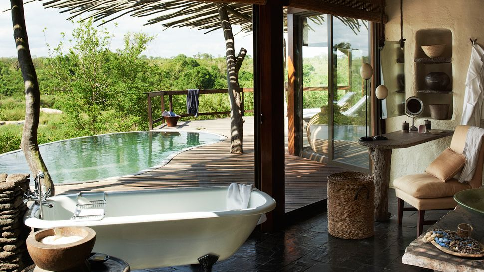 Top 10 world s most spectacular hotel bathrooms the for Best bathroom designs in south africa