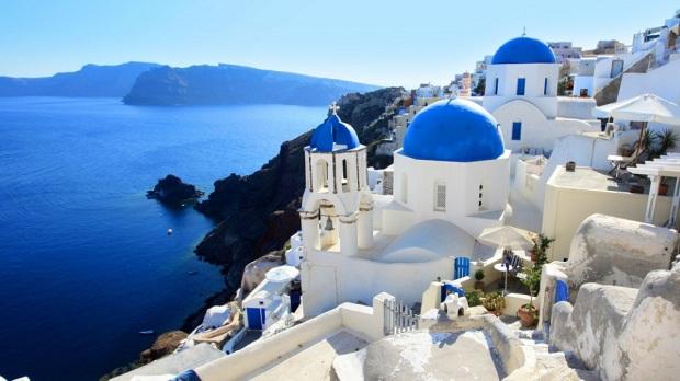 4. SANTORINI (GREECE)