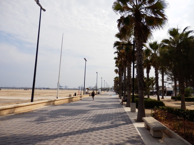 VALENCIA CITYSIGHTS - BEACH PROMENADE