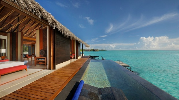 ONE&ONLY REETHI RAH MALDIVES OVERWATER POOL VILLA