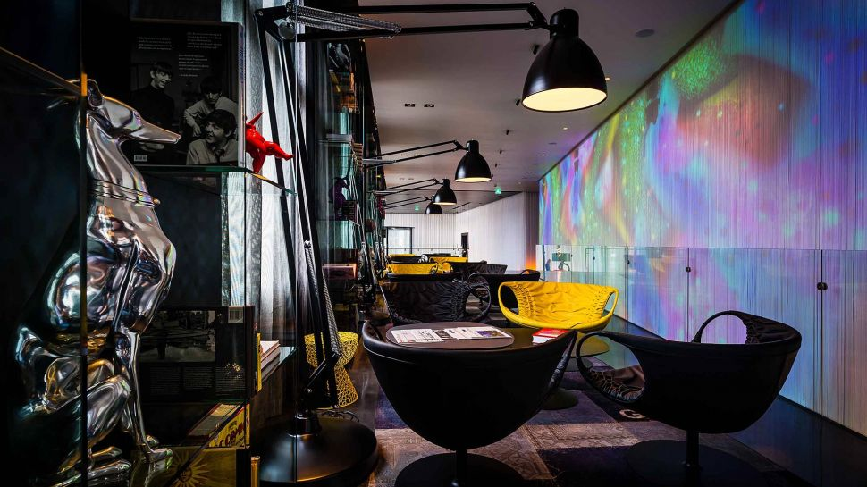 Top 10 best luxury hotels in amsterdam the luxury for Art hotel amsterdam