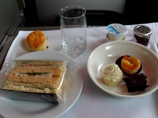 AFTERNOON TEA, SNACKS & SWEETS