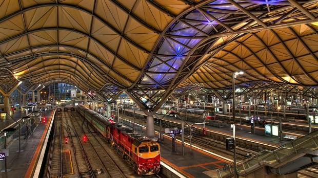 SOUTHERN CROSS STATION, MELBOURNE, AUSTRALIA