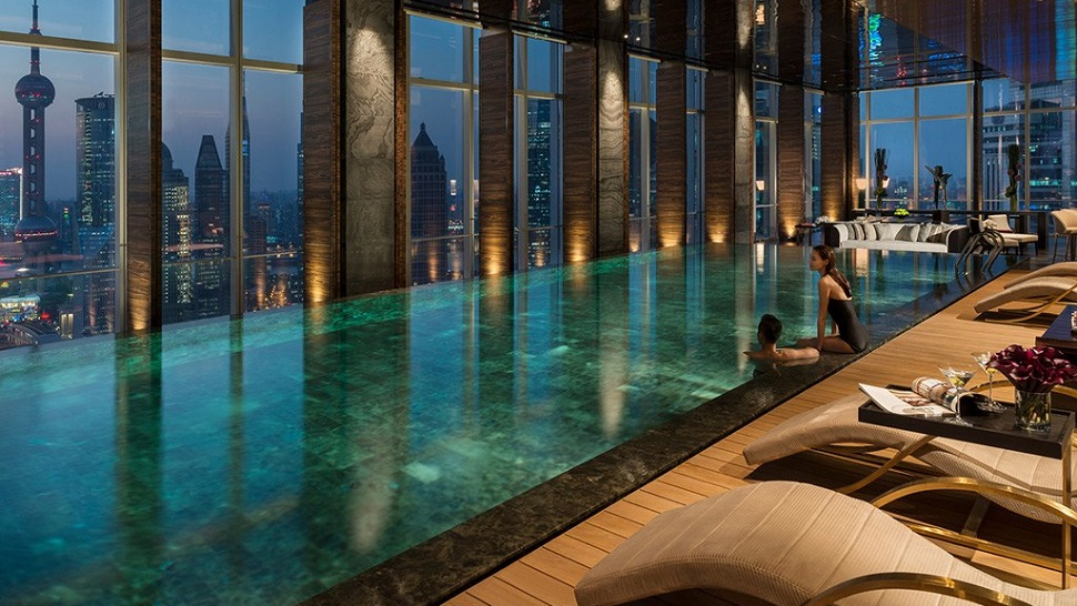 Top 10 best luxury hotels in shanghai the luxury travel for Hotel luxury