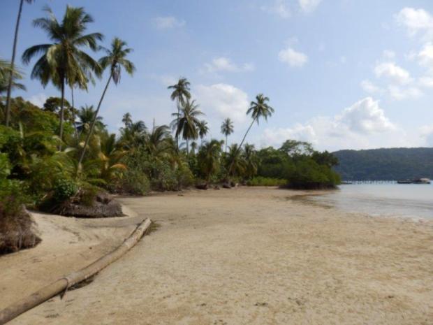 'BEACH' IN FRONT OF OCEAN FRONT POOL VILLA SUITE