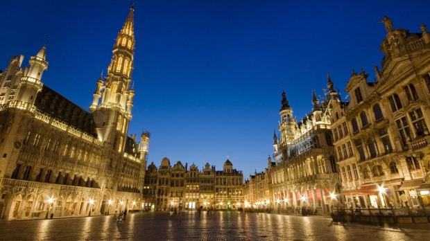 ADMIRE THE GRAND PLACE IN BRUSSELS