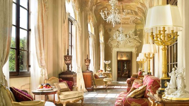 STAY FOR FREE AT THE FOUR SEASONS HOTEL IN FLORENCE, ITALY, WITH HOTELS.COM