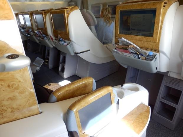 BUSINESS CLASS SEAT 9K