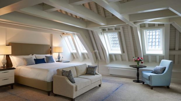 STAY FOR FREE AT THE WALDORF ASTORIA HOTEL IN AMSTERDAM, THE NETHERLANDS, WITH LUFTHANSA'S LOYALTY PROGRAM