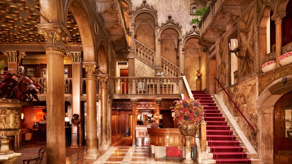 Top 10 most luxurious hotels in venice the luxury for Most luxurious hotels