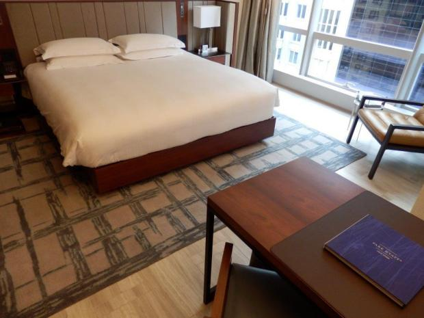 PARK KING DELUXE ROOM