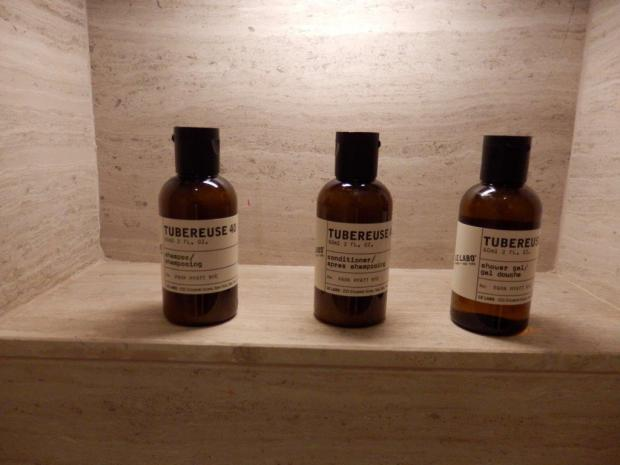 PARK KING DELUXE ROOM: BATHROOM AMENITIES
