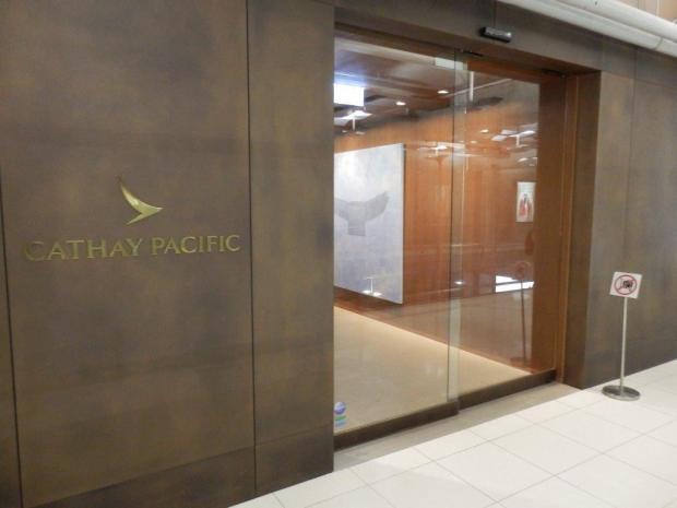 CATHAY PACIFIC LOUNGE AT BANGKOK AIRPORT