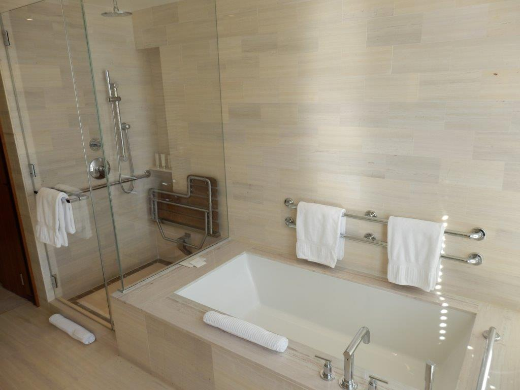 Bathroom empire reviews hotel review langham place new for Empire bathrooms