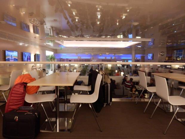 FINNAIR LOUNGE AT HELSINKI AIRPORT