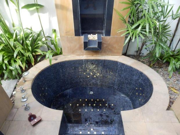 SPA SANCTUARY VILLA: BATHROOM