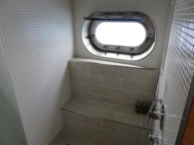 MASTER BEDROOM - SHOWER
