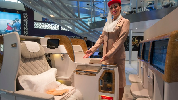 EMIRATES NEW BUSINESS CLASS SEATS FOR ITS B777 FLEET