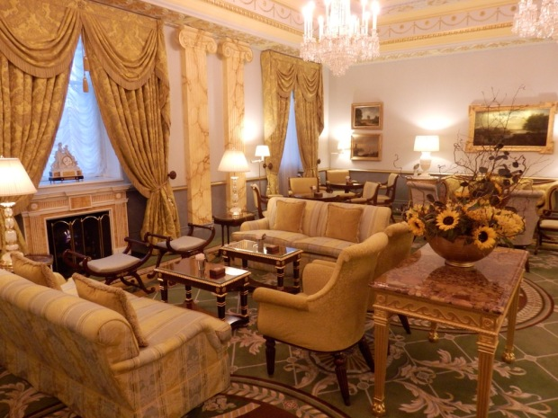 THE WITH DRAWING ROOM