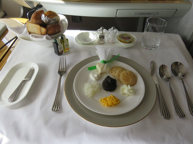 EMIRATES - FIRST CLASS FOOD