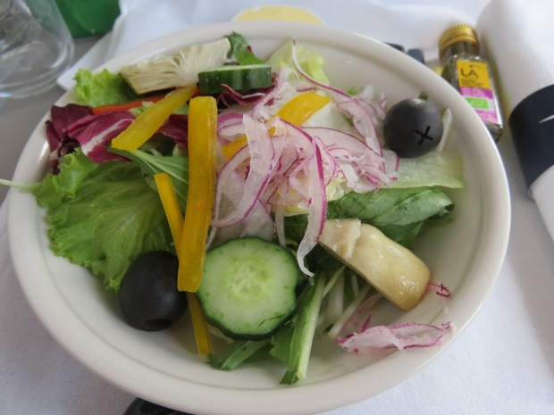 LUNCH - STARTER: SEASONAL SALAD