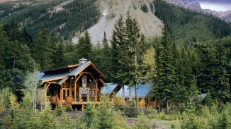4. CATHEDRAL MOUNTAIN LODGE