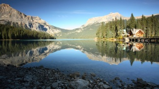 10. EMERALD LAKE LODGE