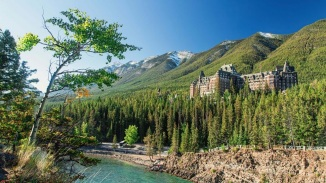 3. THE FAIRMONT BANFF SPRINGS