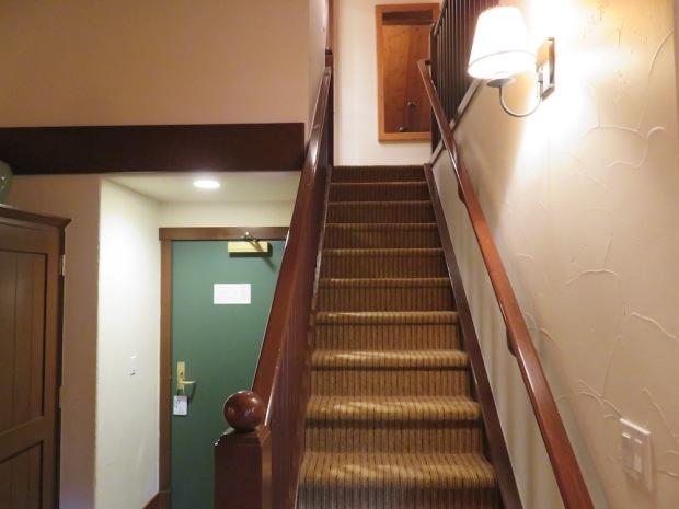 SUITE: STAIRS TO UPPER FLOOR