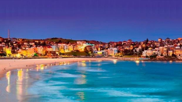 BONDI BEACH, SYDNEY (AUSTRALIA)