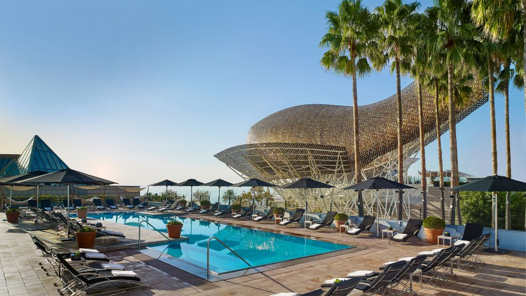 Top 10 best luxury hotels resorts in spain the luxury for Hotels a bcn