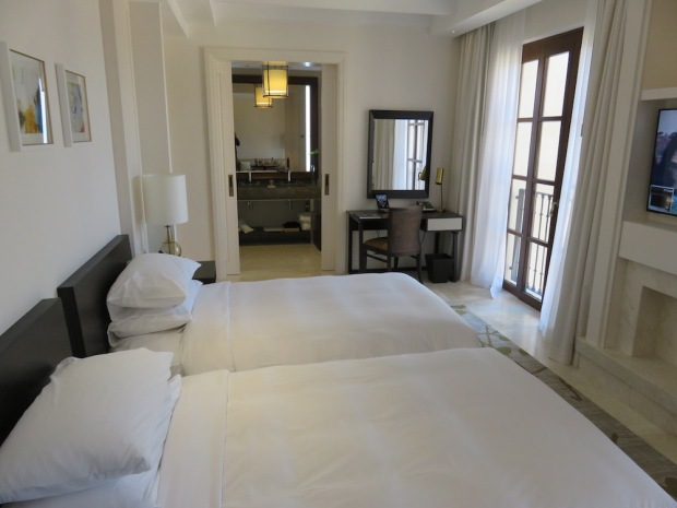 VIEW ROOM