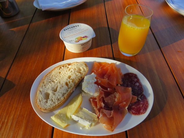 BALEARIC RESTAURANT - BREAKFAST