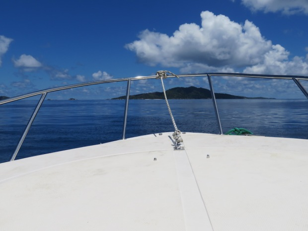 BOAT TRANSFER FROM PRASLIN TO FELICITE