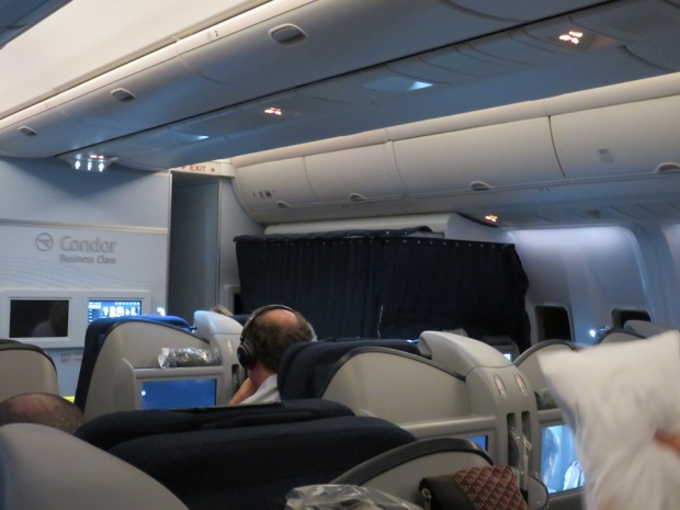 PILOT REST AREA IN THE BUSINESS CLASS CABIN