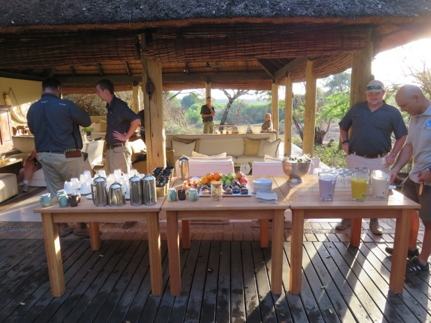 LIGHT BREAKFAST BEFORE GAME DRIVE