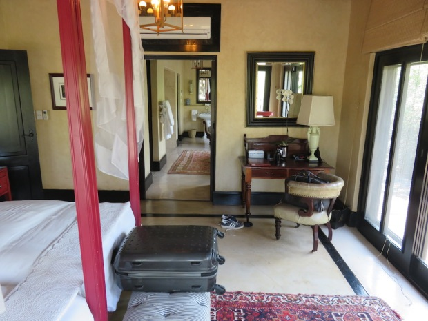 ROYAL SUITE: BEDROOM NR TWO